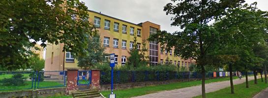 Zespół Szkół nr 12 w Bydgoszczy 1620972303_szkola_bydgoszcz.jpg